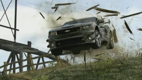 Les Muscle Cars ne font pas dans la dentelle, n'est-ce pas Miss Chevrolet Camaro?